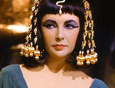 Elizabeth Taylor in Cleopatra, 1963