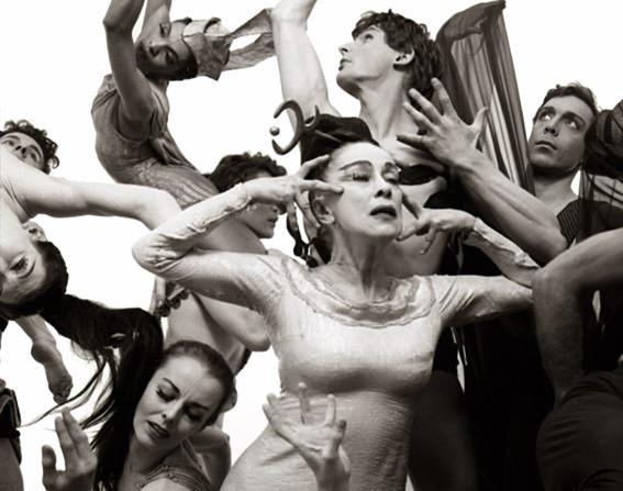 1751_1martha_graham dance company
