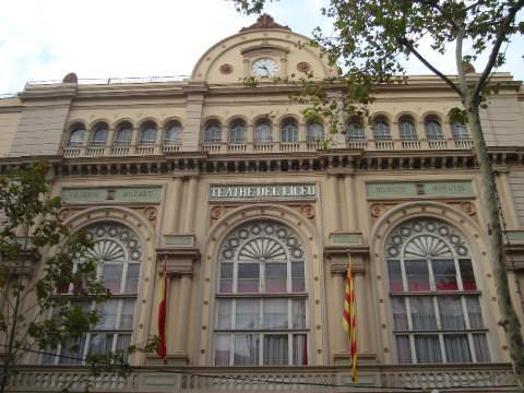 3 The Liceo de Barcelona out