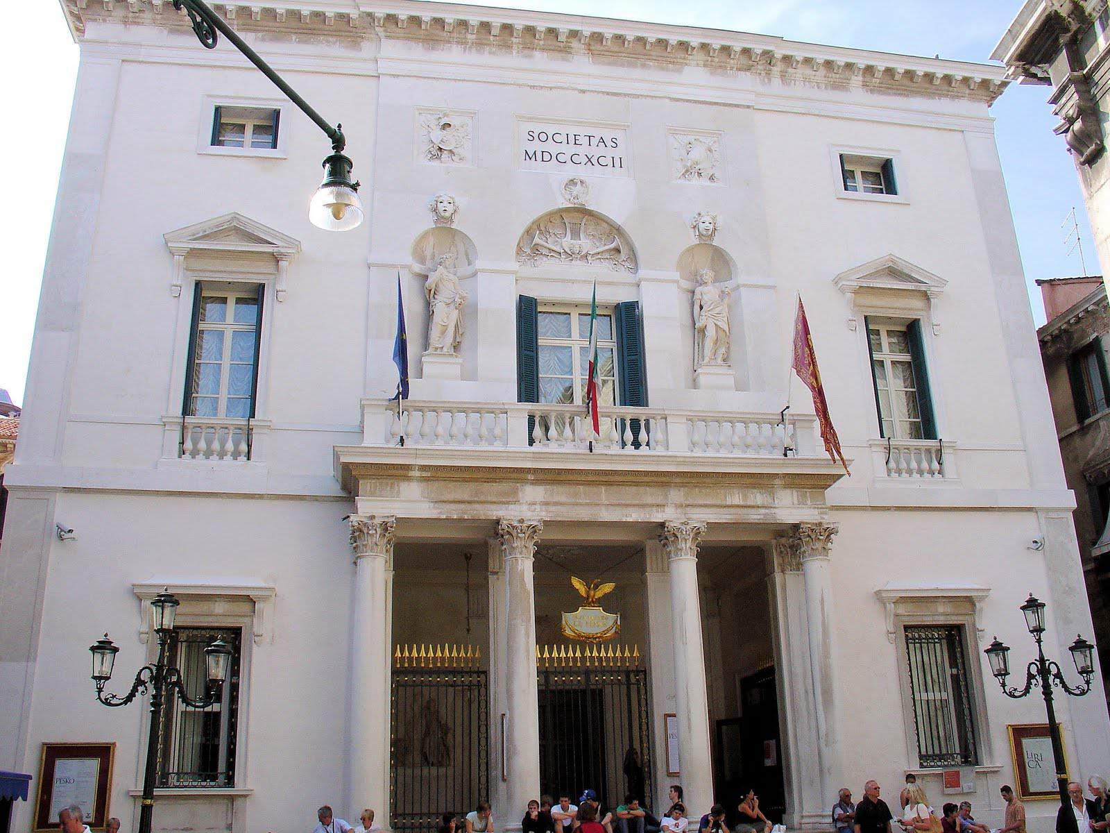 5 Teatro la Fenice out