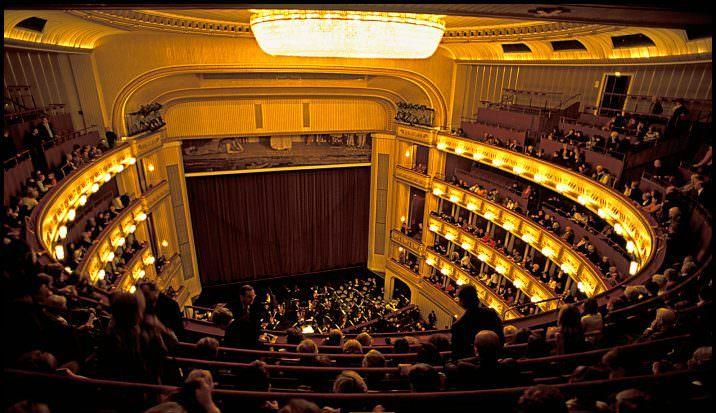 8 Wiener Staatsoper
