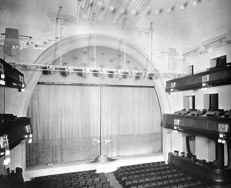 Moscow Art Theatre 1902
