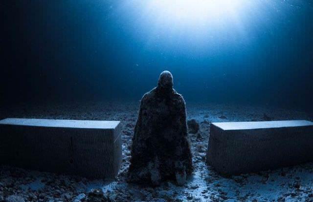 underwater sculptures 7